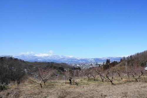 吾妻山もキレイに映えますね。