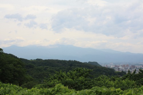 梅雨時期は吾妻連峰が見えない日が多いです